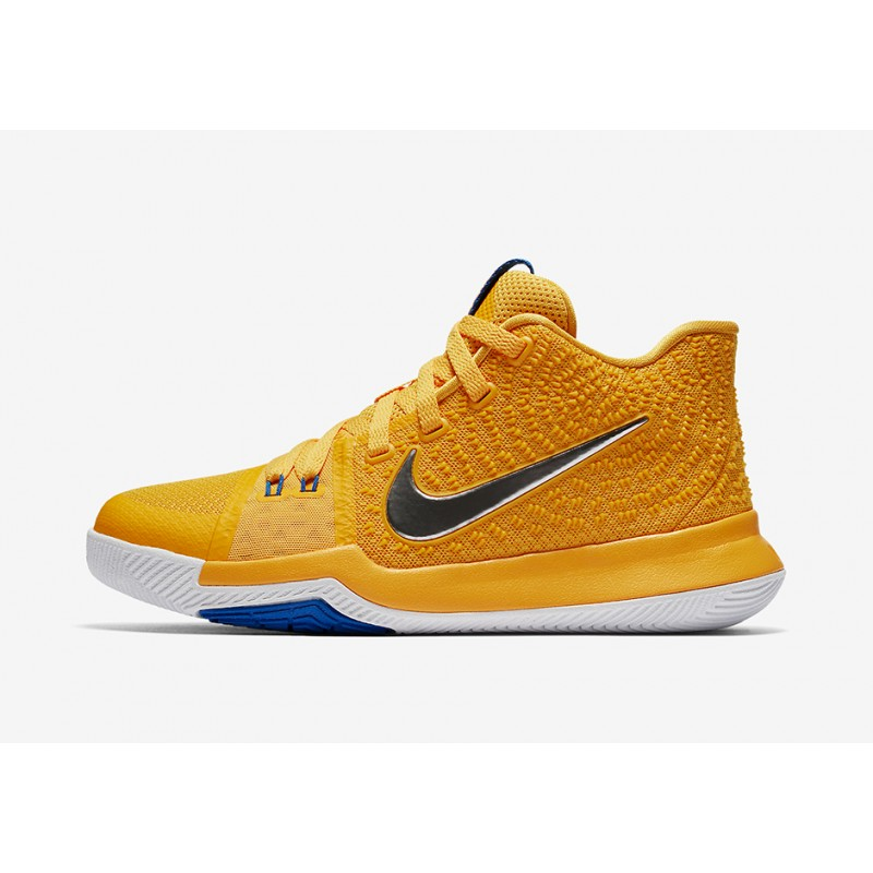 "Nike Kyrie 3 ""MAC AND CHEESE"" Gold 859466-791 Cyber Monday"