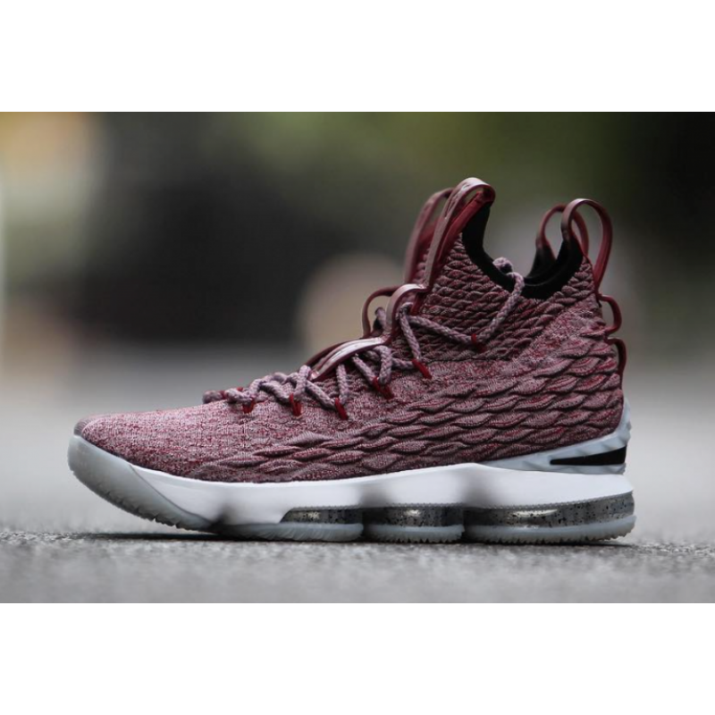 Valentines Day Attractive Nike LeBron 15 897649-201