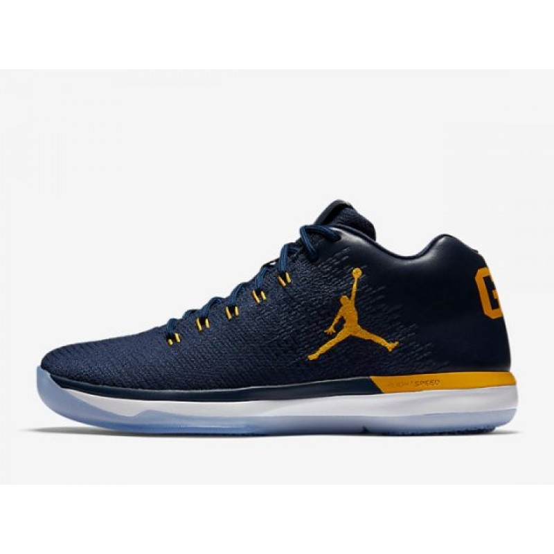 "Valentines Day Fashion Air Jordan XXX1 Low ""Michigan"" College Navy/Amarillo 897564-425"
