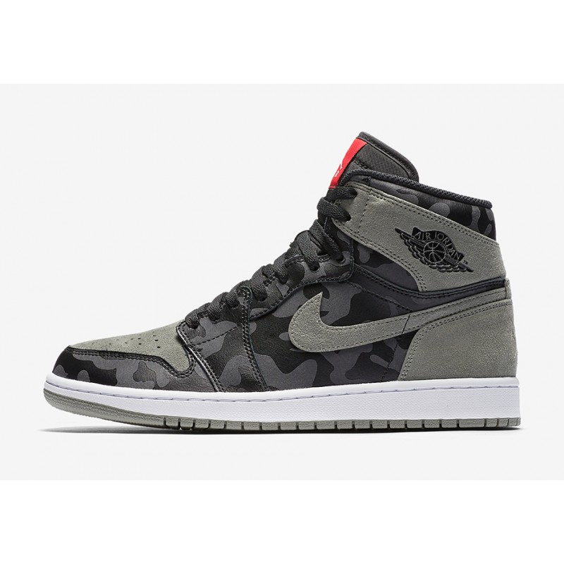 "Air Jordan 1 High ""Shadow Camo"" Grey AA3993-034"