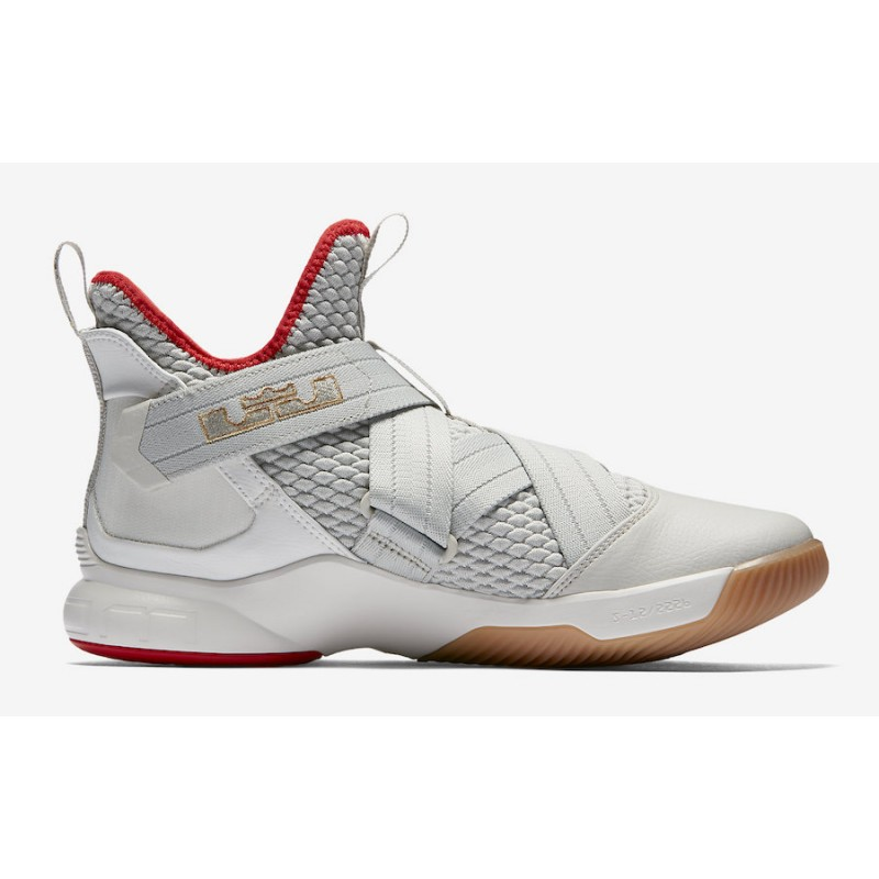 Black Friday Nike LeBron Soldier 12 (Beige) AO2609-002