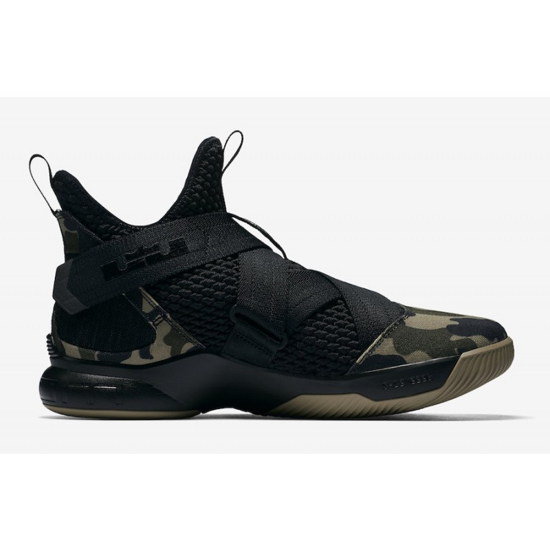 Black Friday Nike LeBron Soldier 12 SFG (Black) AO4054-001
