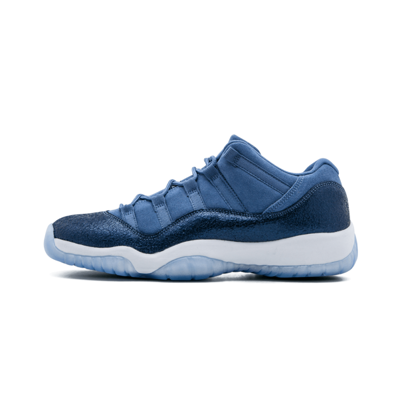 Air Jordan 11 Retro Low WMNS Blue Moon/Polarized Blue 580521-408